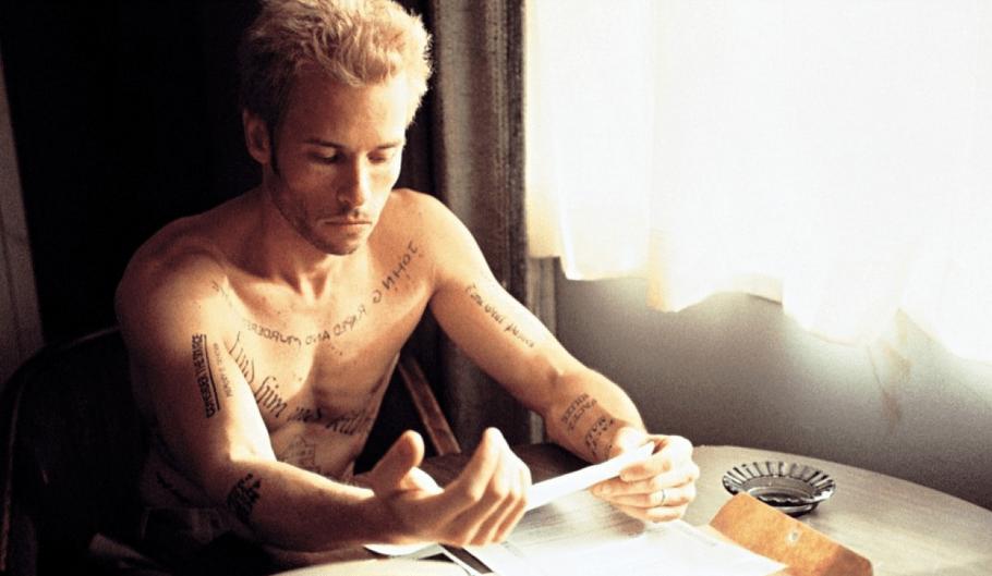 Memento (2000)_1