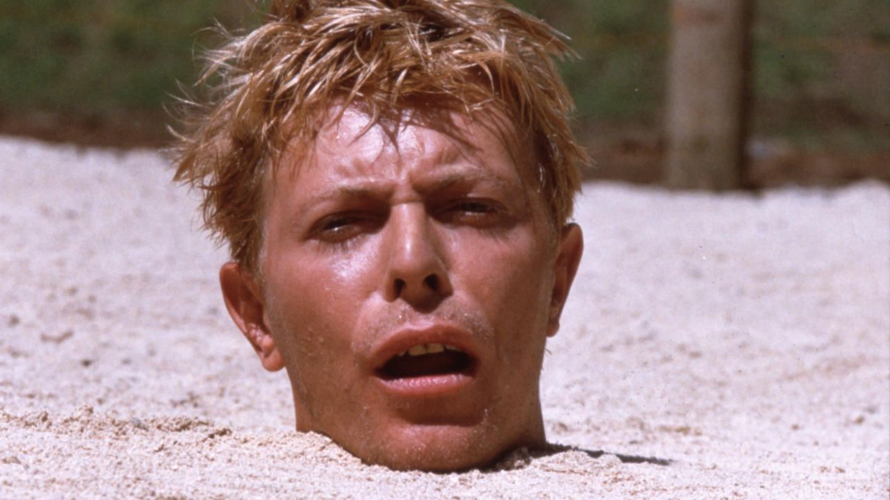 BOWIE2_Merry-Christmas-Mr-Lawrence-Sand-Bowie
